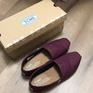 Toms Classic Red Mahogany Size 5